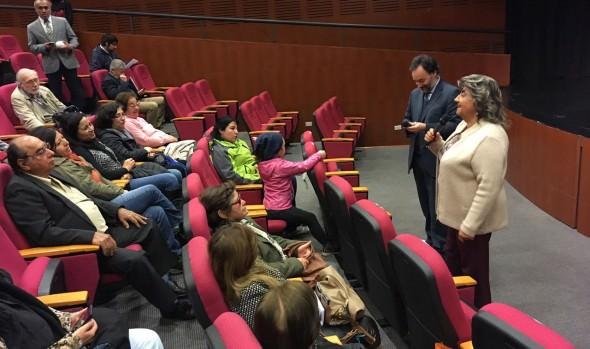 Con obra de teatro Municipalidad de Viña del Mar y Sernac entregan consejos financieros a adultos mayores