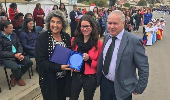 Gran desfile de 61° aniversario de Reñaca Alto encabezó alcaldesa Virginia Reginato