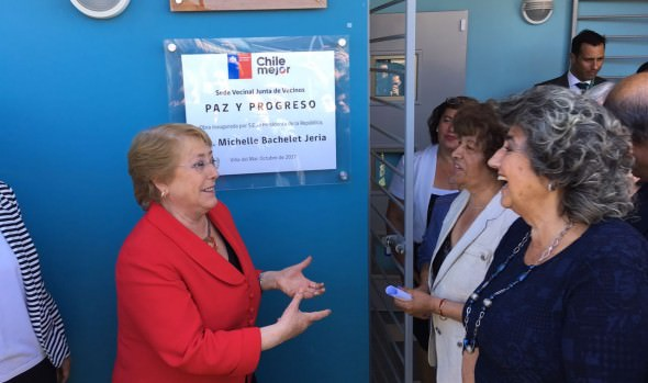 Nueva sede social en  Nueva Aurora inauguraron Presidenta Bachelet y alcaldesa Virginia Reginato
