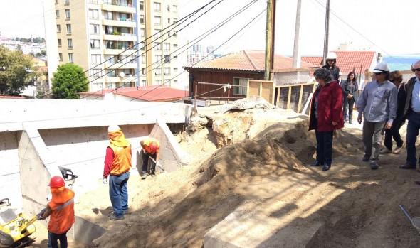 Reparación de socavón en  Recreo que se encuentran en su etapa final fueron inspeccionadas por alcaldesa Virginia Reginato