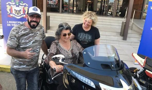 Motoqueros Harley Davidson que realizan su encuentro continental en Viña del Mar, fueron recibidos por alcaldesa Virginia Reginato