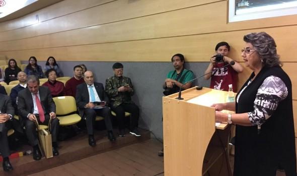 Instituto Confucio entregó reconocimiento a alcaldesa Virginia Reginato en su 10ª aniversario