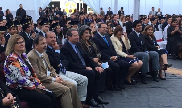 Licenciatura de  primera generación de 4º Medios del Liceo Bicentenario de Viña del Mar, encabezó alcaldesa Virginia Reginato