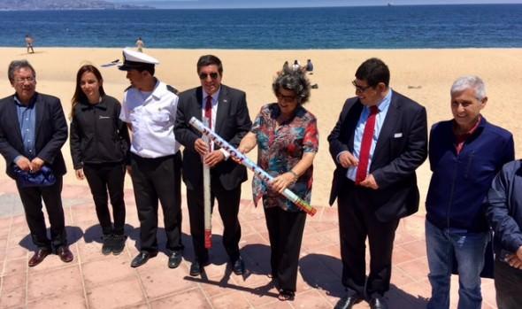 Municipalidad de Viña del Mar y Armada llaman a no usar elementos contaminantes en las playas durante la noche de Año Nuevo