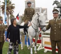 A disfrutar de tradicional concurso hípico de verano invitó alcaldesa Virginia Reginato