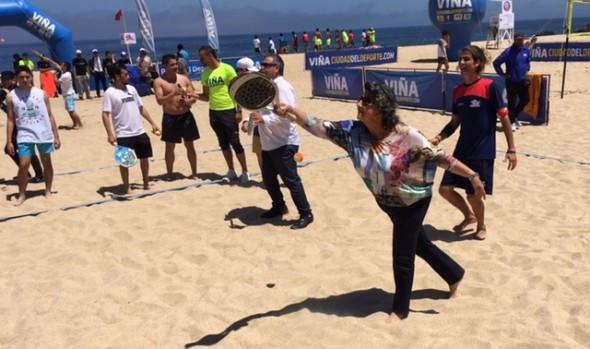 Alcaldesa Virginia Reginato invita hacer deportes para todos en Viña