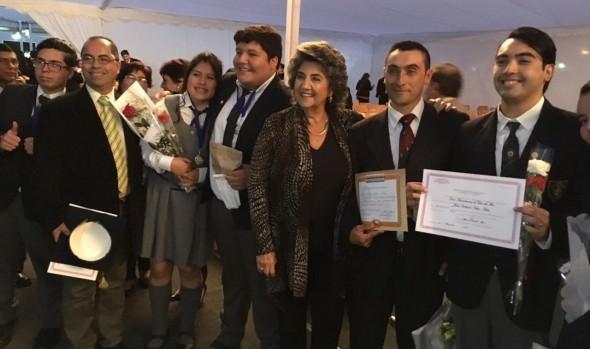 Municipio de Viña del Mar destacó altos puntajes de la primera generación de egresados del Liceo Bicentenario