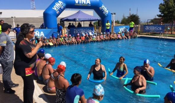 Alcaldesa Virginia Reginato clausuró primer período de cursos de natación gratuitos 2018