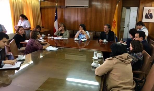Municipio viñamarino reafirma apoyo a pobladores de asentamiento Manuel Bustos
