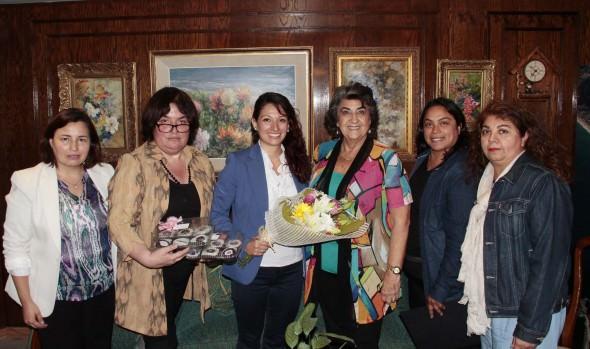 Club de fans oficial de Miguel Bosé se reunió con alcaldesa Virginia Reginato