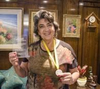 Reconocimiento por apoyo al cricket recibió alcaldesa Virginia Reginato