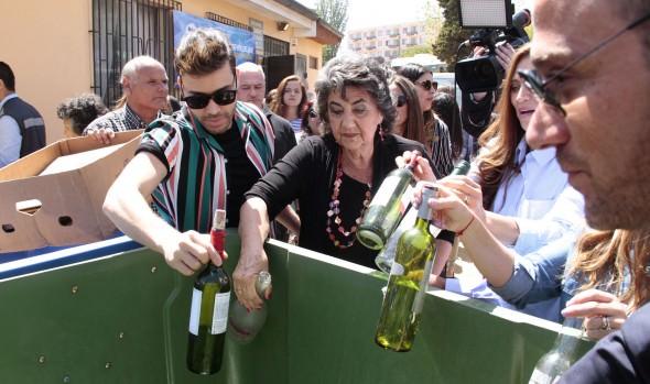 Jurado del Festival participó en iniciativa ecológica que desarrolla el municipio viñamarino en la comuna