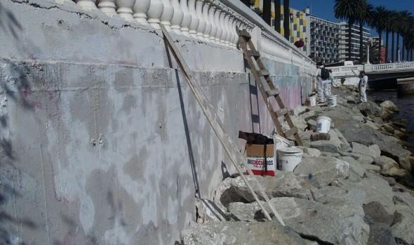 Intensos operativos de limpieza y embellecimiento de la ciudad ejecuta municipio de Viña del Mar