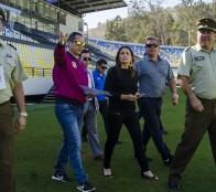 Gobernadora inspeccionó medidas de seguridad de estadio Sausalito