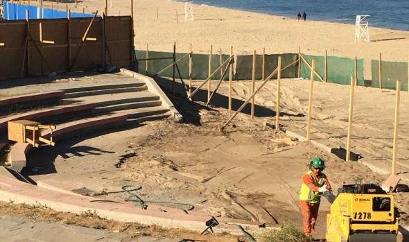 Municipio de Viña del Mar informa que primera etapa de reposición de anfiteatro de Playa del Deporte está en la recta final