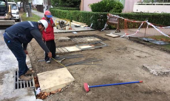 Municipio de Viña del Mar construye nuevos accesos universales en la comuna