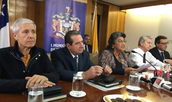 Alcaldesa Virginia Reginato dio a conocer plan de reestructuración para enfrentar situación presupuestaria del municipio
