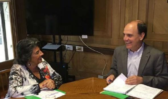 Alcaldesa Virginia Reginato gestiona soluciones para Viña
