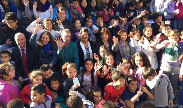 Rendimiento de planteles municipales de Viña del Mar en prueba Simce 2017, destacó alcaldesa Virginia Reginato