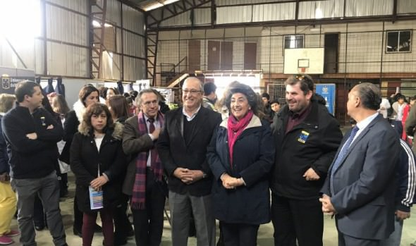 Municipio de Viña del Mar y U. de Valparaíso concretan alianza colaborativa para ejecutar operativos sociales