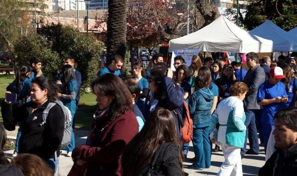 Con feria de salud y exámenes gratuitos municipio de Viña del Mar adhirió a conmemoración de Día Mundial sin Tabaco