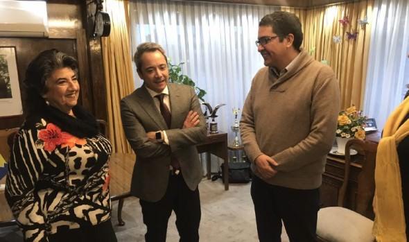 Municipio de Viña del Mar y UDLA renuevan convenio en apoyo a operativos sociales 2018