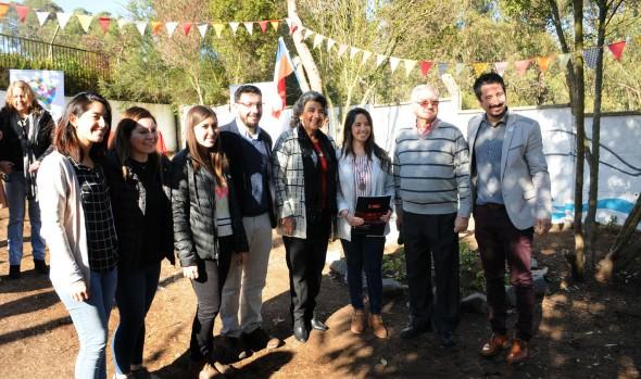 Espacio público recuperado por vecinos en Jardín del Mar inauguró alcaldesa Virginia Reginato