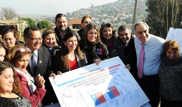 Gestiones para regularizar asentamientos irregulares destacó alcaldesa Virginia Reginato, en inicio del Plan Nacional de Campamentos