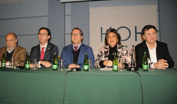 Seminario para abordar los desafíos de la educación pública fue inaugurado por alcaldesa Virginia Reginato