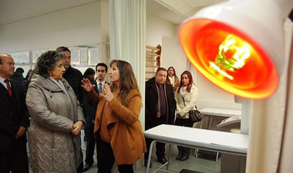 Alianza pionera entre municipio de Viña del Mar y UST beneficia a pacientes kinesiológicos no incluidos en lista GES