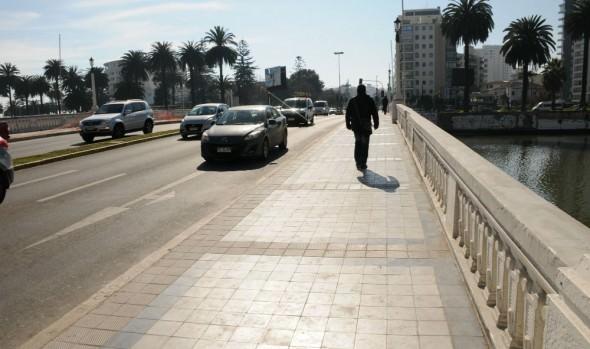 En etapa final se encuentran trabajos de reposición de aceras en puentes de Viña del Mar