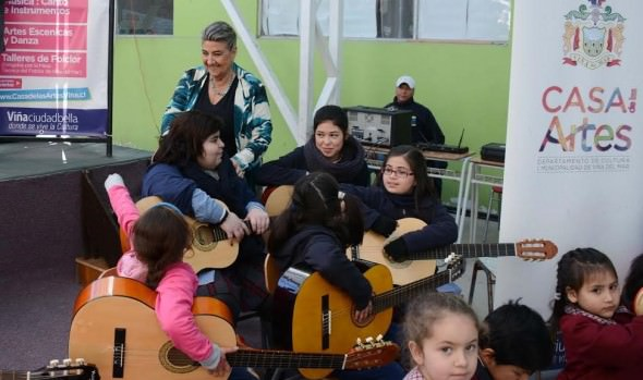 Municipio de Viña del Mar invita a niños, jóvenes y adultos a participar de talleres artísticos