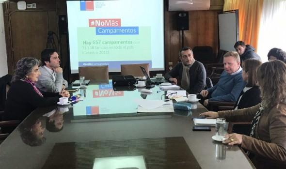 Municipio de Viña del Mar y ministerio de Vivienda acuerdan estrategia en conjunto para avanzar en solución a campamentos