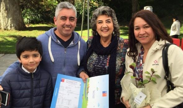 216 familias de Viña del Mar fueron beneficiadas con subsidios habitacionales y de arriendo entregados por el MINVU
