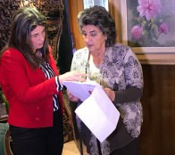 Dispuesta a colaborar en busca de mejor solución para Moái de Museo Fonck manifestó alcaldesa Virginia Reginato