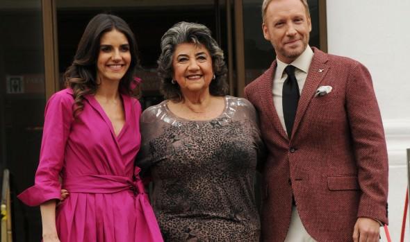 Alcaldesa Virginia Reginato confirmó a María Luisa Godoy y Martín Cárcamo como animadores del 60º Festival de la canción de Viña del Mar