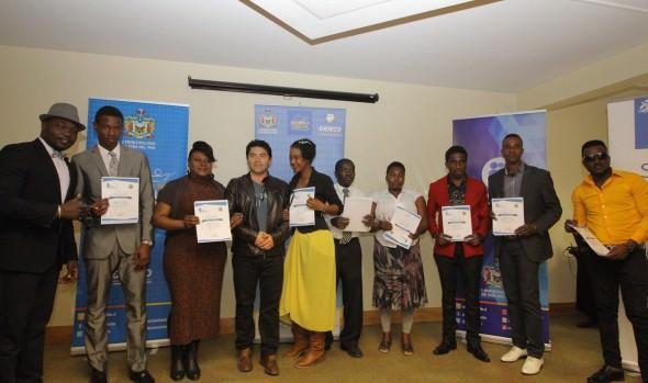 Con gran éxito municipio de Viña del Mar realizó curso de español a migrantes haitianos