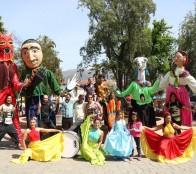 Municipio de Viña del Mar invita a la comunidad a intervención artística de marionetas gigantes