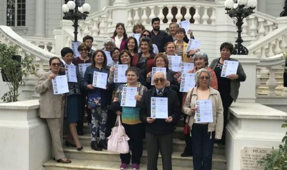 250 vecinos se capacitaron en cursos gratuitos de Municipalidad de Viña del Mar