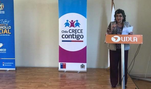 Profesionales del municipio de Viña del Mar fueron capacitados para contar con mejores herramientas que fortalezcan la atención integral a menores