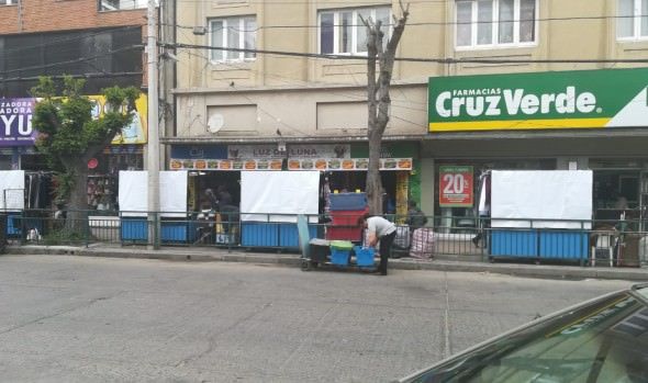Municipio de Viña del Mar entregó módulos para ordenamiento comercial de calles Quillota y Valparaíso Oriente