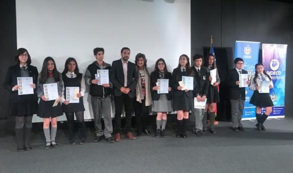 74 alumnos de Enseñanza Media de Viña del Mar reciben beca Presidente de la República