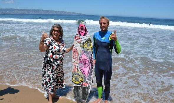 Viña del Mar se incorpora a la Red internacional de ciudades del Surf