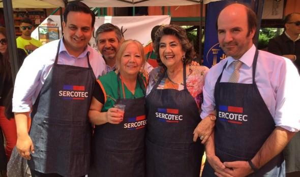 Ferias libres incorporan servicios públicos y municipales en plan piloto impulsado por Sercotec