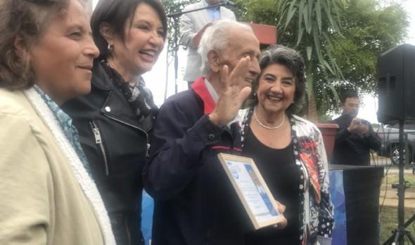 Vecinos de Nueva Aurora celebraron en grande los 60 años de su barrio en ceremonia encabezada por alcaldesa Virginia Reginato