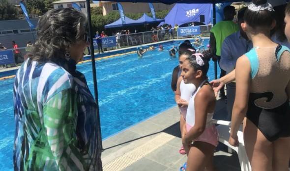 Nuevos cursos debutan en programa municipal de actividades acuáticas 2019 en Viña del Mar