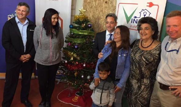 Familias de comité Altos del Sinaí en Miraflores fueron beneficiadas con normalización eléctrica de sus viviendas