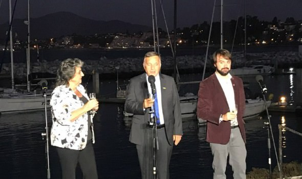 Alcaldes de Viña, Concón y Valparaíso encabezaron adelanto de Año Nuevo en el Mar