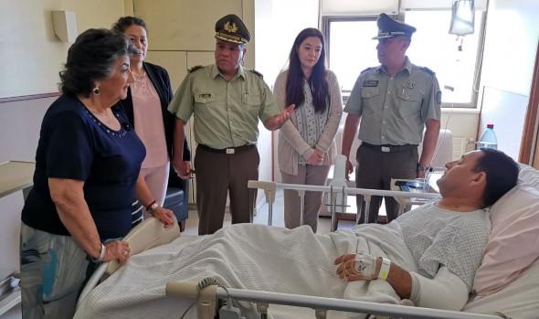 Alcaldesa Virginia Reginato entregó personalmente apoyo a carabineros heridos en tiroteo