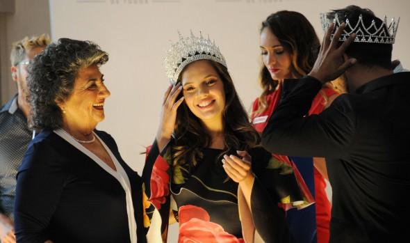 Pareja representante de TVN fue coronada en concurso anexo al Festival de Viña del Mar